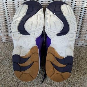 Nike Shoes - Nike Air Diamond Turf Sneaker Size 5.5 Youth