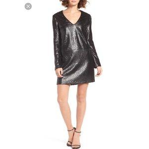 WAYF 'Skyline' Sequin V-Neck Dress