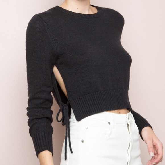 7c024a89e44 RARE Brandy Melville Avah Sweater NWT