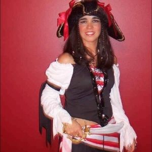 Dresses & Skirts - Pirate Woman Halloween Costume with accessories