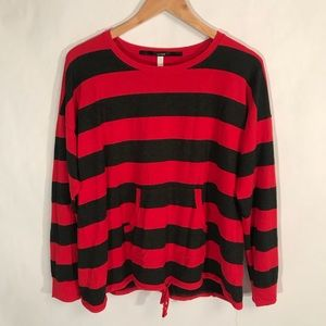NEW Kensie Navy Red Oversized Top. Size L
