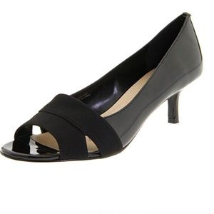 [Ellen Tracy] Isabel Open-Toe Pump