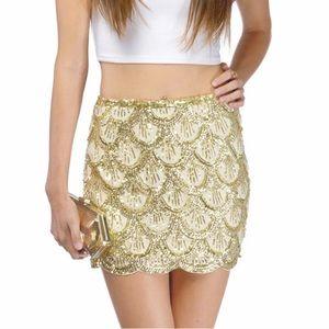 Tobi scallop sequin mini skirt