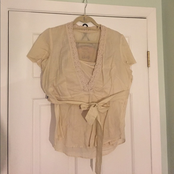 Banana Republic Tops - 🔥1Day Sale🔥Banana Republic Belted Top sz 14
