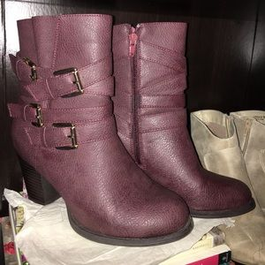 LOWEST Burgundy Buckled Ankle Booties Sz. 6