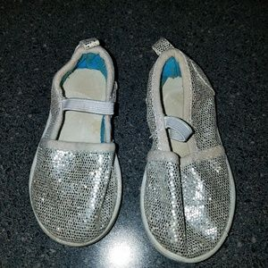 Toddler Silver Flats