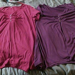 Tops - 2 hankerchief t-shirt