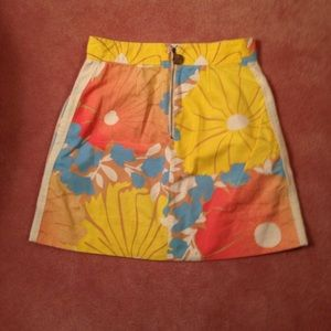 Tracy Feith Skirts - Junior size 11 skirt floral with back zipper