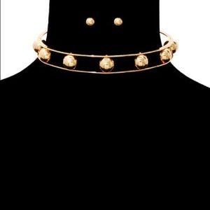 Jewelry - Ball Choker