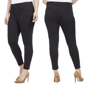 •Melissa McCarthy Seven7• Plus Pencil Skinny Jeans