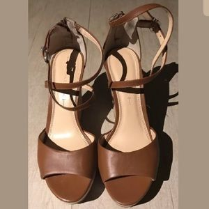 Banana Republic Brown Leather Wedges