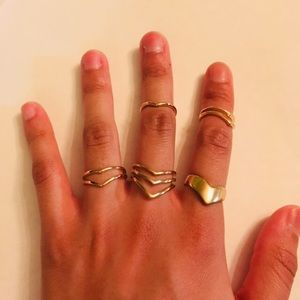 ❗️SALE❗️SET OF GOLD RINGS WITH MID RINGS (: