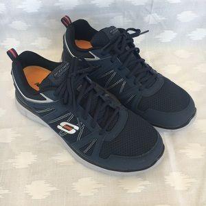 Sketchers shoes NWOT Running Men's Size 10