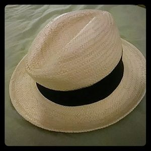 Lady's one size fits all fashion wicker hat