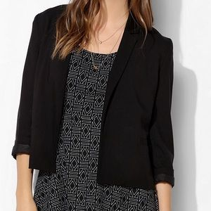 Urban Outfitters Quarter Sleeved Blazer