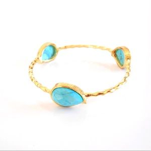 Jewelry - SALE! Gold Turquoise Bangle Bracelet.
