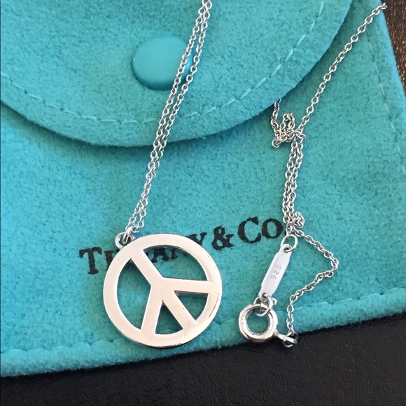 0dae5e7f1 Tiffany & Co peace sign necklace. AUTHENTIC. M_59e04f5fea3f36b2e1019900