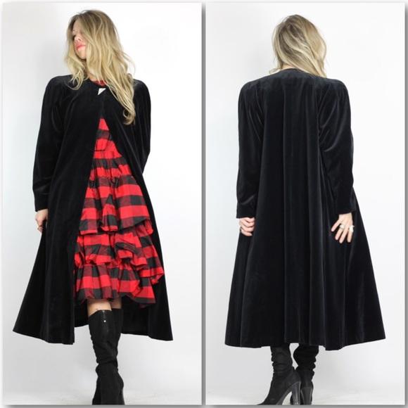 Vintage Jackets & Blazers - Black Velveteen Opera Coat Swing Coat Cloak Duster