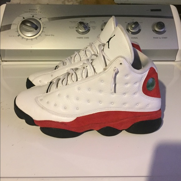 timeless design 6a9c1 423e1 ... get air jordan retro 13 chicago cherry white red 29bd1 0cdfa