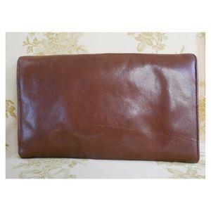 Bags - Brown Leather Vintage Clutch w Snake Skin Detail