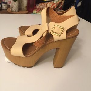 NEW Charlotte Russe chunky heels-7