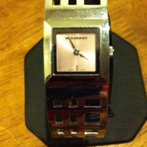 BURBERRY ELEGANT LADIES WATCH