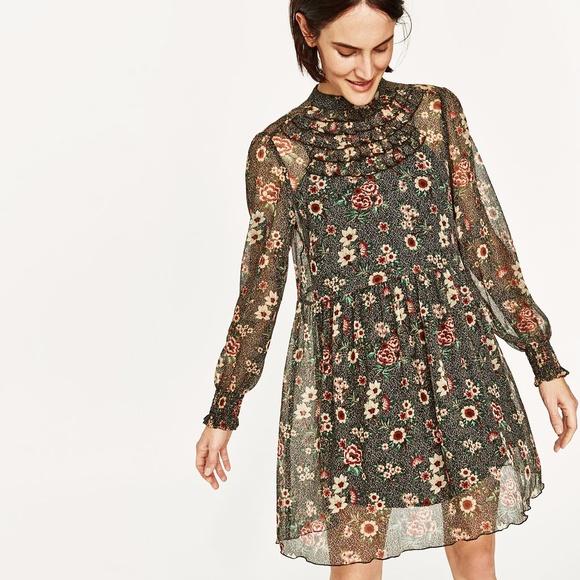de6deb12 Zara Dresses   Dress With Chest Frills Floral   Poshmark