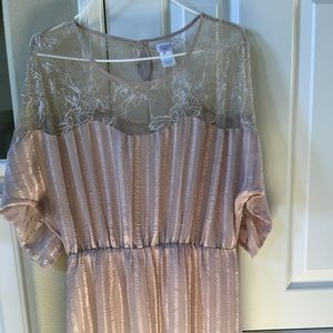 Charming Charlie dusty pink lace blouson dress