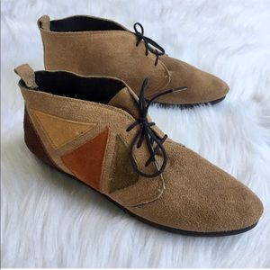 Vintage Shoes - Vintage Geometric Leather Lace-Ups