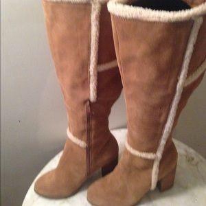 Camel Side Fur Trim Boot