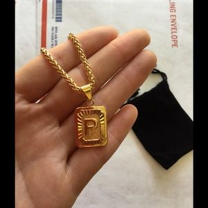 "Other - New 18k gold "" P "" necklace"