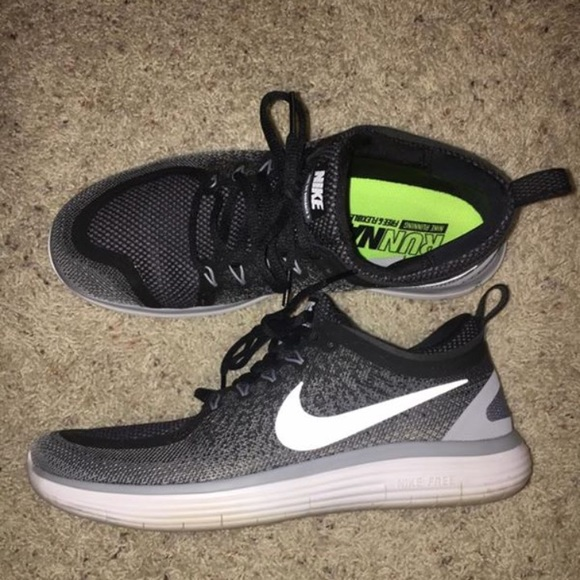 Nike Air Hoop Structure Grey Nike Zoom Sister One Black  81af3b539