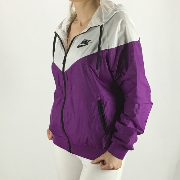 ee750c22c9 NIKE Windrunner Jacket White Purple Large Women s.  M 59e0d5815c12f8a56f0284de