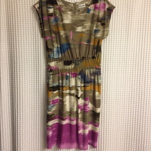 Printed dress with cinched waist