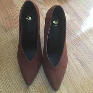 H&M Pointed Toe Heels - Sz 36 (6) - Color: Rust