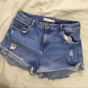 HIGH WAISTED SHORTS FROM ZARA
