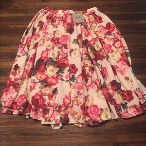 Asos Floral Midi Skirt : NWT