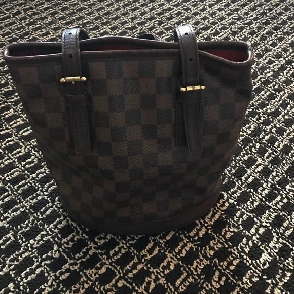 dc3bd7b439 Louis Vuitton Handbags - 💯 Louis Vuitton Damier Ebene PM Bucket Bag