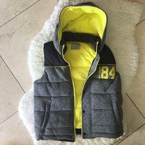 Zara boys very thick vest Size 11-12 y old.