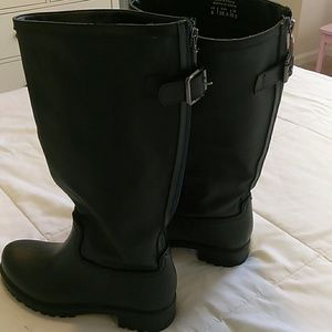 Aldo blk weather boots