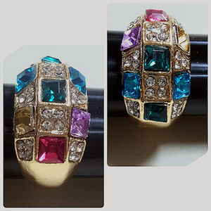 NWT's Goldtone Multi-Color Stone Ring Size 7