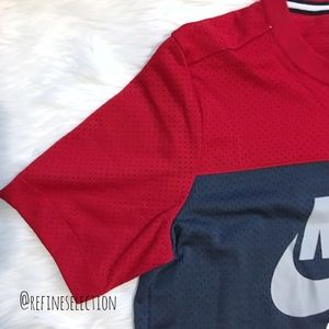 2d743363 Nike Air Mesh Red and Navy Blue T-Shirt NWT