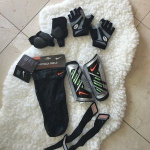 FREE ANKLE GUARDS AND GLOVES w/purchase