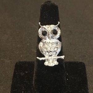 Jewelry - SILVER & CRYSTAL OWL RING