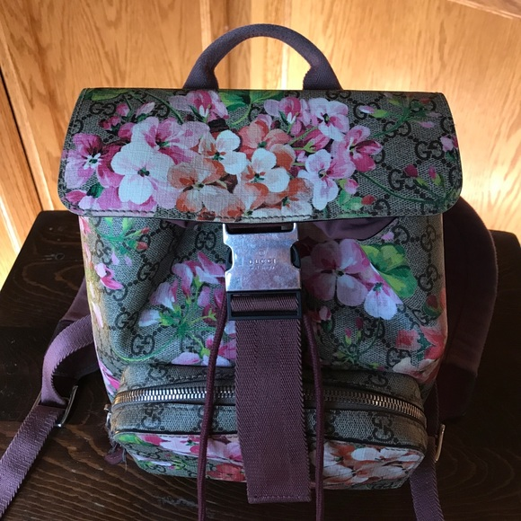 a712ddc8ad2 Gucci Bags   Small Floral Backpack   Poshmark