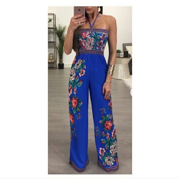 9d25aa67fc1e Flying Tomato Other - Flying Tomato floral print jumpsuit