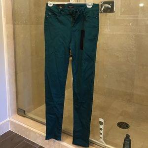 NWT Celebrity Pink skinny jeans
