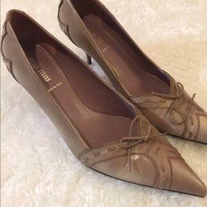 Miu Miu by Prada Pointy Toe heels size 7