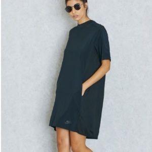 Nike women's black dress size medium new