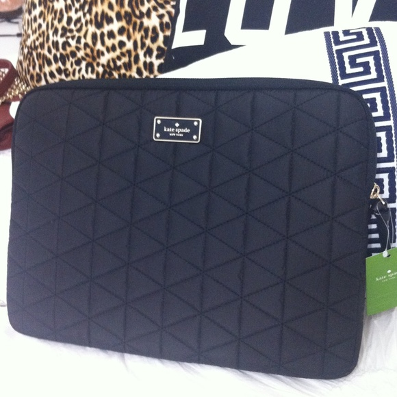 promo code 6f4e6 641a8 ♦️Brand New Kate Spade quilted laptop case black NWT